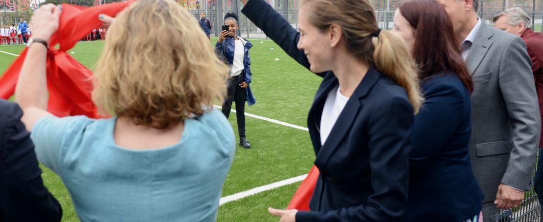 's Werelds koelste kunstgras sportveld van Amsterdam